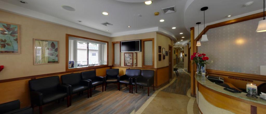 Preferred Dental Care Sitting area
